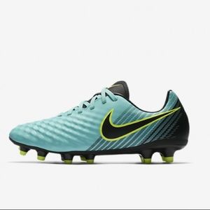Women's Firm-Ground Soccer Cleat Nike Shoes